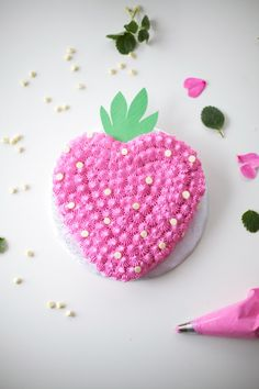 strawberry-cake-DIY by coco cake land