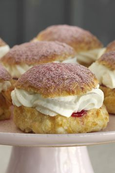 Danish Dessert, Danish Food, Just Desserts, Delicious Desserts, Yummy Food, Sweet Recipes, Cake Recipes, Dessert From Scratch, Recipes
