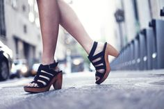 JennifHsieh Shoes | Madewell Suede and Wood Sandals