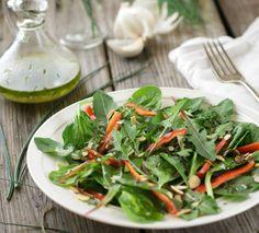 Ensalada de espinaca y diente de león con aliño | #Receta de cocina | #Vegana - Vegetariana ecoagricultor.com