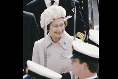 essays on queen elizabeth 1