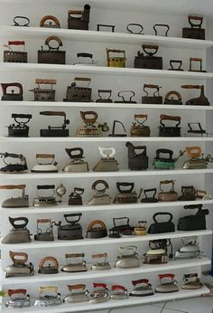 << #collections #decoration There are actually some very good ideas in this article. Very useable.