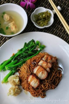 Eat Your Heart Out: Recipe: Dry Wonton Noodles (Konlo Wantan Mee) with Homemade Char Siu Pork Recipes, Asian Recipes, Cooking Recipes, Healthy Recipes, Ethnic Recipes, Chinese Recipes, Chinese Dry Noodle Recipe, Wonton Recipes, Yummy Recipes