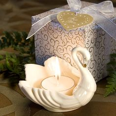swans wedding decoration