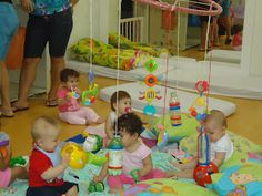 Centro de Educação Infantil Profª Tereza A. E. Augsburger: Móbile - Berçário