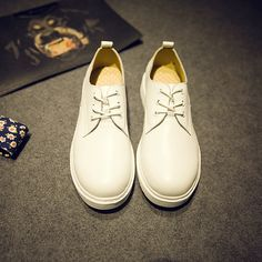 61.00$  Watch here - http://alirp3.worldwells.pw/go.php?t=32660941853 - 2016 Shoes Woman Genuine Leather Flats Fashion Lace-Up Shoes White Color Oxfords For Men Round Toe Men Oxfords Shoes 61.00$