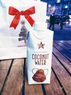 Woda kokosowa, coconut water