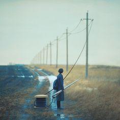 Poésie et Surréalisme – Les nouvelles photos argentiques d'Oleg Oprisco