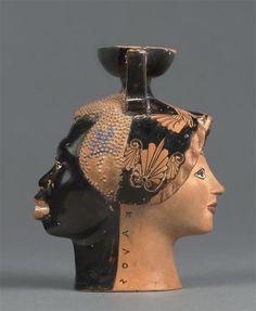 attribué à d'Epilycos Classe | Aryballe : tête de femme blanche et tête d'homme noir | Images d'Art