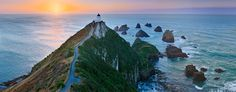 Nugget Point Lighthouse New Zealnd