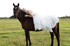 Bride on horse pose. Def getting one like this!