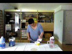 Préparation de la recette de peinture à la craie et aussi pour tissu.