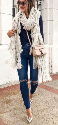 Carry ripped jeans into winter by adding a chunky knit scarf to your outfit. Top it off with heels for an elegant twist. Let DailyDressMe help you find the perfect outfit for whatever the weather! (Fall Top With Jeans) Cute Winter Outfits, Fall Outfits, Casual Outfits, Outfit Winter, Summer Outfit, Outfit Jeans, Look Fashion, Denim Fashion, Mode Instagram