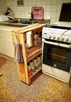 Stunning Diy Kitchen Storage Solutions For Small Space And Space Saving Ideas No 34 (Stunning Diy Kitchen Storage Solutions For Small Space And Space Saving Ideas No design ideas and photos Kitchen Storage Solutions, Diy Kitchen Storage, Diy Wooden Projects, Wooden Diy, Creative Storage, Small Storage, Can Storage, Hidden Storage, Diy Furniture Hacks