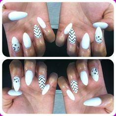 White Chevron Stiletto Nails #hellokaylaranaenails