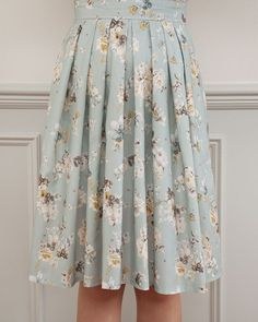 Sew Over It Lizzie Skirt pattern | our new pleated skirt is sure to become a wardrobe staple