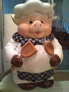 I have this w/matching salt & pepper shakers JTS. Pig Cookies, Biscuit Cookies, Cute Cookies, Candy Jars, Candy Dishes, Pig Kitchen, Kinds Of Cookies, Vintage Cookies, This Little Piggy