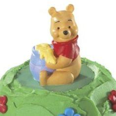 Pooh Picnic Petite Signature Cake Kit (1)