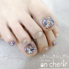 Japanese Summer Toe Nail Designs Purple Accent Nails Toe nails are always fashionable With all the new style of ombre toe nail designs mable toe nail designs shellac toe. Shellac Toes, Glitter Toe Nails, Feet Nails, Purple Nail Designs, Toe Nail Designs, Fall Nail Designs, Shellac Designs, Accent Nail Toes, Hippie Nails