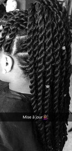 """Moi, c'est Djaïna. Je suis d'origine ivoirienne plus précisément """"Djo… #romandamour Roman d'amour #amreading #books #wattpad"""