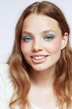 Guide to softer, colorful eye makeup