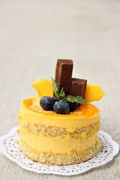 Tropical Mango Pudding Cake