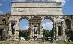 Must Do's in #Rome: A walk in Pigneto, the bohemian neighborhood. #alternativetourism #travel #italy