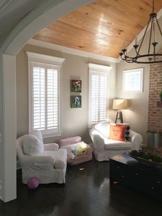 Wood ceilings, hardwood floors comfy chairs and our plantation shutters in the window - how could a room get any prettier? Interior Window Shutters, Interior Windows, Shutters Inside, Indoor Shutters, Home Renovation, Home Remodeling, Wood Ceilings, Kitchen Ceilings, Window Coverings