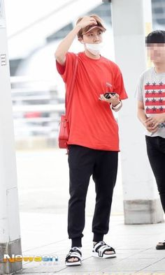 [PRESS] 170818 Incheon Airport #Jhope #방탄소년단 #BTS