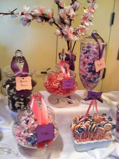 Candy Table by   http://www.sweet-servings.blogspot.com
