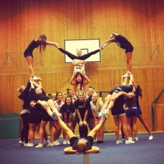 These #cheerleaders have a big #heart! Wonder if we can do something similar :)