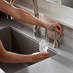 Etonnant InSinkErator HCViewSNSS Involve View Hot And Cold Water Dispenser System  With Stainless Steel Tank Satin Nickel