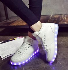 Cool LED shoes—cool for dancing http://www.yoybuy.com/en/show/538052355195?utm_source=pinterest&utm_campaign=yoybuy&utm_medium=social