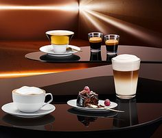 Experience the pleasure of #coffee. // Erleben Sie #Kaffee-Genuss. #EQ8 #enjoysiemens