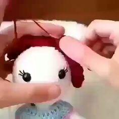 How to crochet amigurumi - Knitting for Beginners Crochet Dolls Free Patterns, Crochet Doll Pattern, Crochet Stitches, How To Start Knitting, Knitting For Beginners, Crochet Animals, Crochet Toys, Knitted Dolls, Amigurumi Doll
