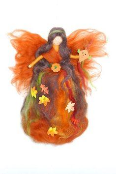 HERBST -  FEE  ELFE  Jahreszeitentisch   Herbst  Märchenwolle   Waldorf