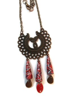 Collier Perles en Papier - Ethnique - Connecteur Bronze - Rouge - Noir : Collier par cap-and-pap