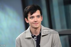 Actor Asa Butterfield attends the Build Series to discuss the film 'The Space Between Us' at Build Studio on January 2017 in New York City. Asa Butterfield 2017, Actors Male, Actors & Actresses, Asa Buterfield, Boy Character, Raining Men, Teenager, Wattpad, Hugo