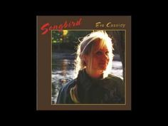 ****SUCH GREATNESS***   as she sings this classic you can feel shivers in your soul.  Eva Cassidy - Fields of Gold - YouTube