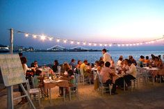 Eating out in Greece. 10 ways to eat like a local.
