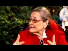 La historia de vida de la folclorista Margot Loyola - YouTube