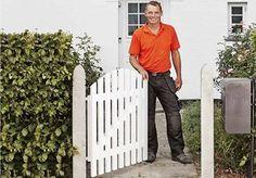Så bygger du en fin grind Garden Gates, Delena, Feng Shui, Pergola, Outdoor Structures, Diy, Outdoors, Garden Cottage, Woodwork