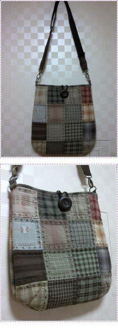 Patchwork purse with cross stitch. No pattern.♡ 퀼트의 美를 전하는 『 http://퀼트미 』 입니다. ♡ - [패키지로 만든 가방.]