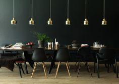 The Artek Golden Bell Suspension Lamp was designed in 1937 by Alvar Aalto for the label Artek. The suspension lamp Golden Bell by Artek is a classic amon Alvar Aalto, Best Interior, Home Interior, Home Design, Nordic Design, Sinnerlig Ikea, Scandinavia Design, Famous Interior Designers, Grand Designs