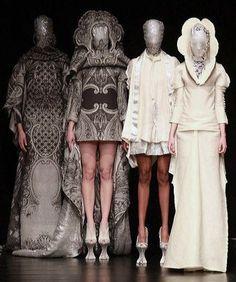 Jan Taminiau Couture Spring/Summer 2011 @ Paris Couture Week