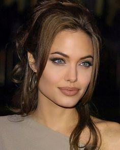 Angelina Jolie Makeup, Brad Pitt And Angelina Jolie, Angelina Jolie Photos, Angelina Jolie Hairstyles, Beauty Hacks, Beauty Tips, Hair Beauty, Beautiful Celebrities, Beautiful Actresses