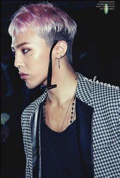 1. megjelenés 56 No. GD (G-Dragon)