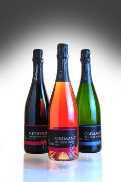 La gamme Méthode Traditionnelle : Crémant de Loire Blanc brut millésimé, Crémant de Loire Rosé brut millésimé, Méthode Traditionnelle Rouge demi-sec