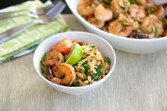 This delicious recipe would make a perfect weeknight meal, and Jess from Cook Smarts says its surprising easy to make at home. The Best Pad Thai Youll Ever HaveBy Jess Dang of Cook Smarts Fun Easy Recipes, Asian Recipes, Easy Meals, Healthy Recipes, Thai Recipes, Amazing Recipes, Healthy Eats, Homemade Pad Thai, Cook Smarts