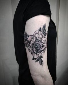 """TORG on Instagram: """"🌑Peony flash🌑 . . . . . #flashtattoo #peony #peonytattoo #blackwork #blackandgrey #japantattoo #flowertattoo #artwork #japanesestyle…"""" Key Tattoos, Skull Tattoos, Foot Tattoos, Sleeve Tattoos, Flower Tattoo Foot, Flower Tattoos, Butterfly Tattoos, New Zealand Tattoo, Japan Tattoo"""